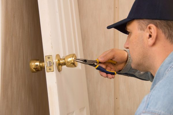 Locksmith Portland home lock repair