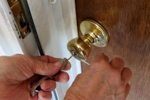 Locksmith Portland house lock pick